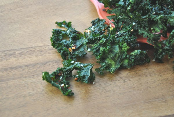 Spicy Sesame Kale Chips with a Weston Dehydrator