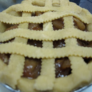 Autumn Morsels: Zapple Pie and Making Pie Crust in a Weston Pasta Machine